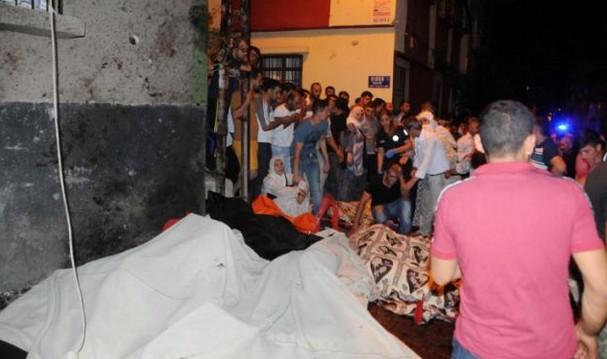 """Turchia, kamikaze fa strage a matrimonio: """"E' l'Isis"""""""