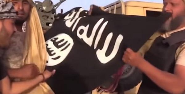 Libia, via ai raid Usa contro l'Isis: l'Italia pronta a collaborare
