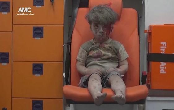 Catastrofe umanitaria in Siria, stop task force Onu: la guerra blocca gli aiuti – Video