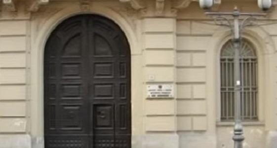 Airola, rivolta nel carcere minorile: 3 agenti feriti