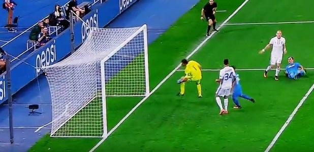Dinamo Kiev-Napoli 1-2 al 45′: doppio Milik, due zuccate ribaltano la gara