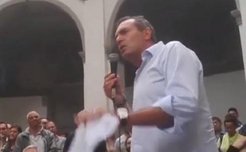 """Bagnoli, de Magistris contro Caltagirone: """"Borghesia mafiosa, Il Mattino mi attacca per l'ordinanza"""""""
