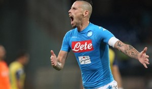 Napoli già in campo pensando alla Juve: a Torino niente Albiol, tornano Hamsik e Hysaj