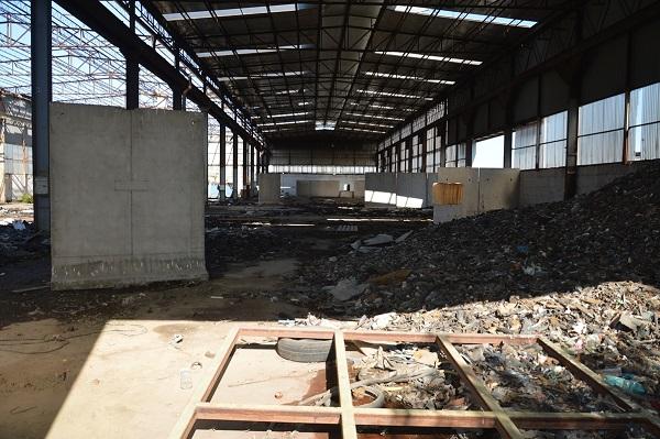 Caivano, discarica di rifiuti pericolosi da 20mila mq: vicina a case, ipotesi disastro ambientale