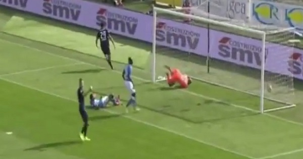 Al Napoli non basta un tempo per riacciuffare l'Atalanta: primo ko