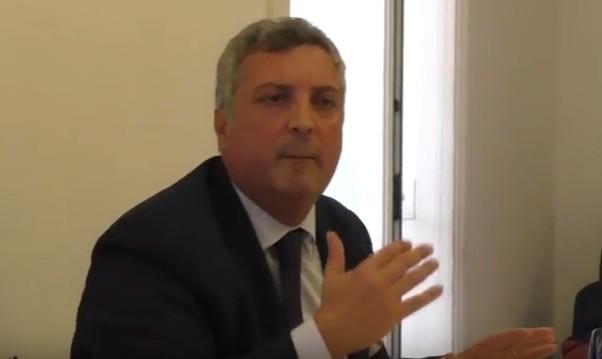 Napoli, l'opposizione 'auricchiana' non firma mozione di sfiducia a de Magistris