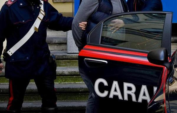 Truffe agli anziani in tutta Italia, arresti in provincia di Napoli