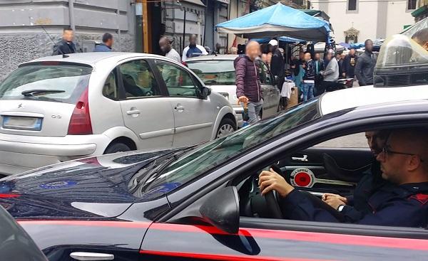 Napoli, pizzo ai commercianti del mercato rionale: blitz al centro storico, 8 arresti nel clan Mazzarella
