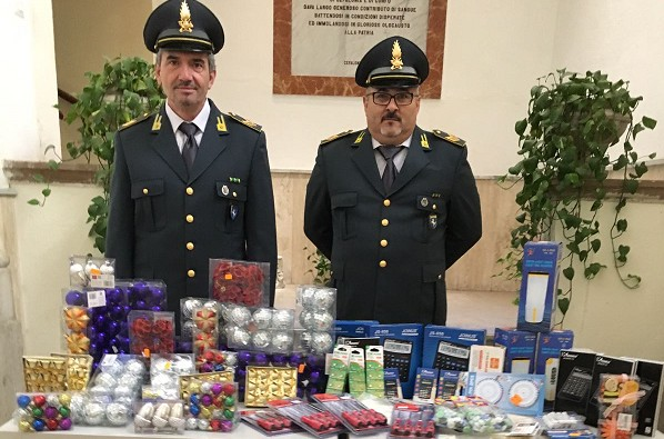 Benevento, sequestrati 47mila articoli di produzione cinese