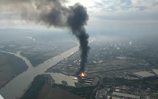 Germania, esplosioni in impianti chimici. Ci sono feriti e dispersi, paura nube tossica