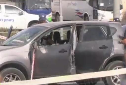 Attentato a Gerusalemme, 2 morti e 6 feriti. Assalitore ucciso