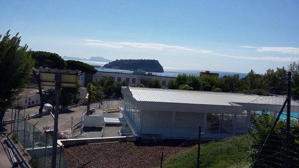 Bagnoli, l'ex area Nato si converte al business: aperto club attrezzato