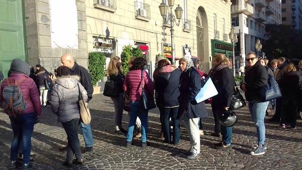 Napoli Servizi, si arena il trasferimento dei 368 operatori: occupata sala del Comune