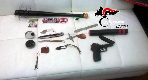 Scontri antagonisti-carabinieri ad Ercolano, un arresto. Denunciati in 5, anche estremisti di destra