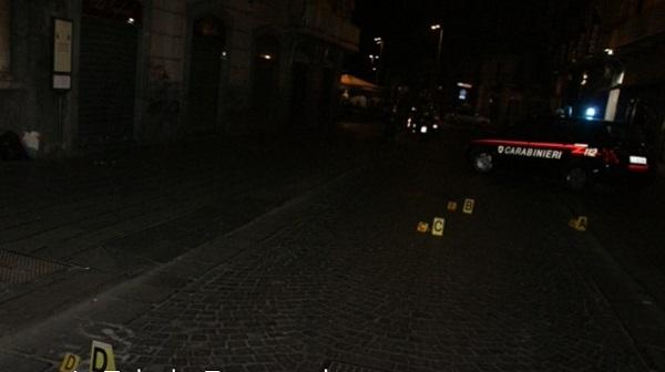 Napoli, stesa in via Toledo: 2 arresti