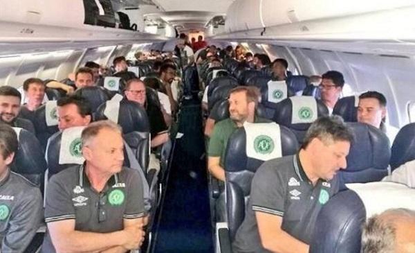 Colombia, cade aereo con squadra brasiliana a bordo: ci sono sopravvissuti