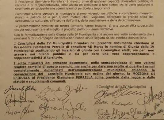 """Napoli, mozione di sfiducia per presidente IV municipalità : """"Via gli assessori calati dall'alto"""""""