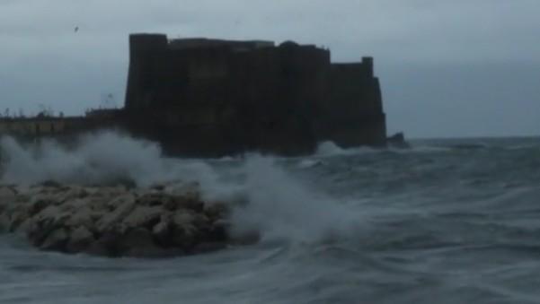 Campania, allerta meteo per vento forte