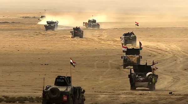"""Iraq, l'esercito entra a Mosul. L'Onu: """"Isis usa civili come scudi umani"""""""