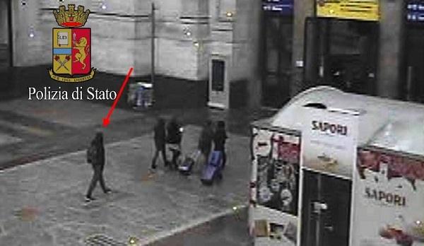 Amri, il puzzle delle ultime ore: diffusa foto alla stazione di Milano