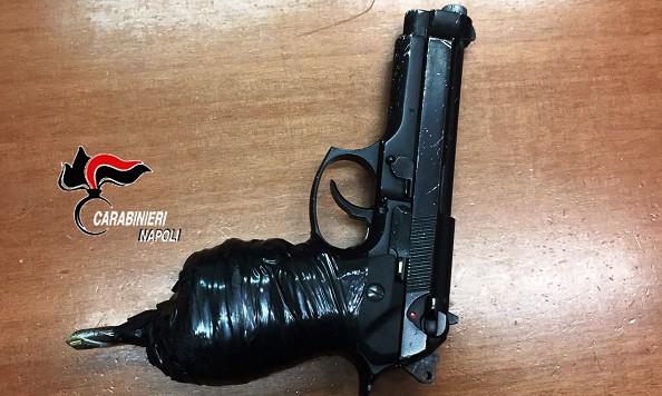 Qualiano, rapina Rolex: preso dopo inseguimento