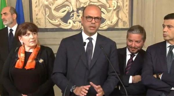 Consultazioni, Ncd e Ala per il Renzi bis: c'è voglia di stare al governo