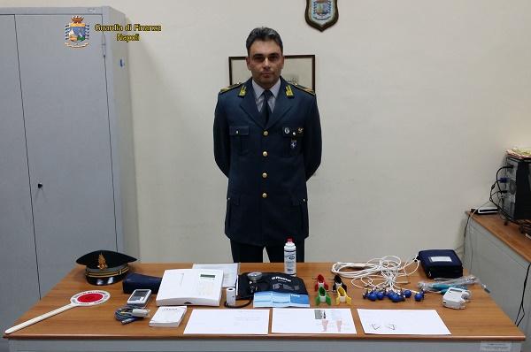 Napoli: visite a domicilio senza laurea, scoperto falso cardiologo