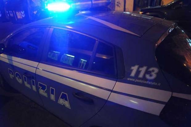 """Caserta, furto con """"spaccata"""" in un negozio del centro: tre arresti"""