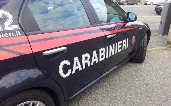 Napoli, staffetta della cocaina: presi due pusher all'Arenella