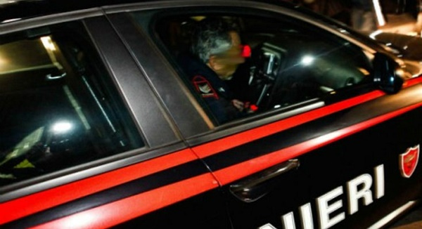 Compie 21 rapine a minori in 2 mesi, arrestato