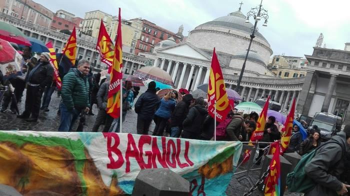 """Bagnoli, gli attivisti rilanciano la protesta: """"Via il commissariato fallimentare"""""""