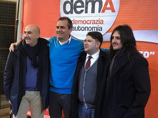 Napoli, de Magistris lancia il movimento DemA: il fratello Claudio segretario, sfida a De Luca nel 2020