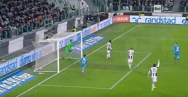 Juventus-Napoli 0-1 al 45′: Callejon sblocca, Reina salva