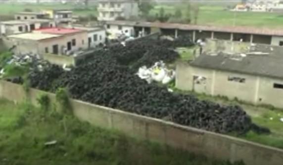 Villa Literno, sequestrata discarica di rifiuti pericolosi