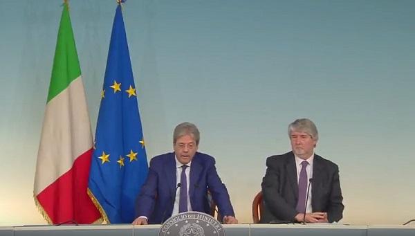Paura di un altro 4 dicembre, il governo cancella i voucher per decreto: addio referendum