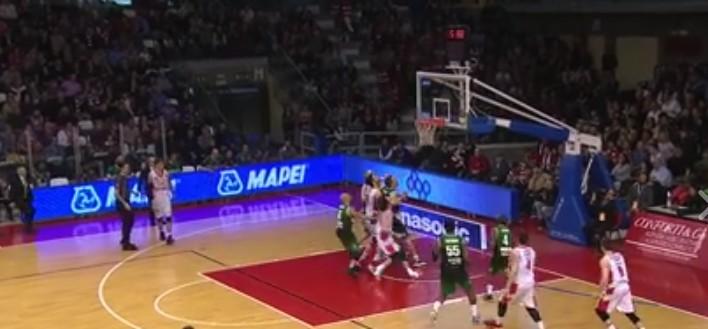 Basket, acuto di Avellino a Reggio Emilia