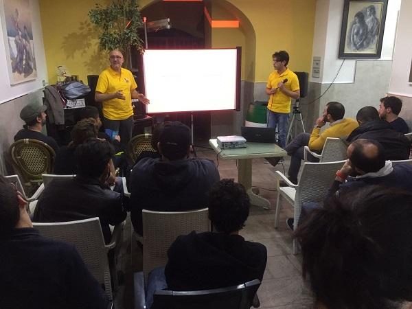 Javaspritz 1.0, l'happy hour di sviluppatori e programmatori