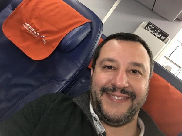 Napoli, Salvini in ospedale da Noemi