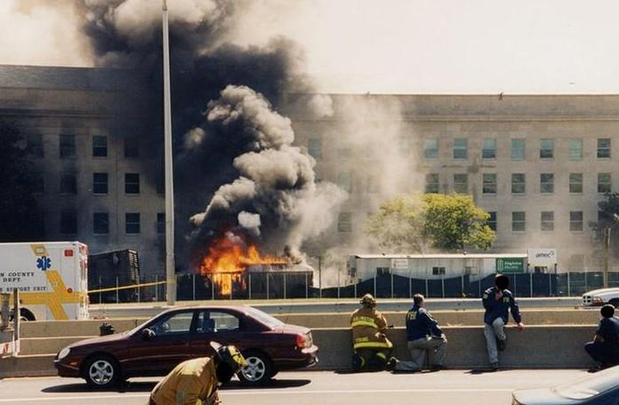 L'Fbi ha paura dei complottisti: pubblicate foto inedite dell'11 settembre al Pentagono