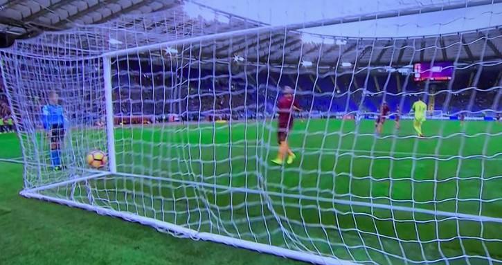 Roma-Napoli 0-1 al 45′: Mertens gela l'Olimpico