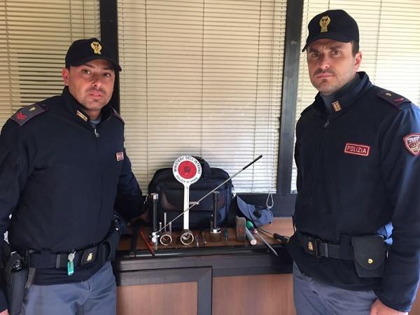 """Napoli, """"topi d'appartamento"""" al rione Sanità: un arresto"""