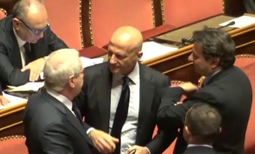 Senato, l'Aula dice sì alle dimissioni di Minzolini