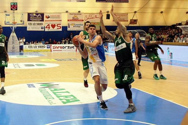 Basket, Avellino espugna Capo d'Orlando