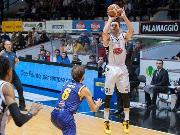 Basket, Caserta rompe il digiuno con Torino