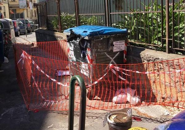 Napoli, non rimosso cassonetto con rifiuti radioattivi: il caso finisce in consiglio regionale