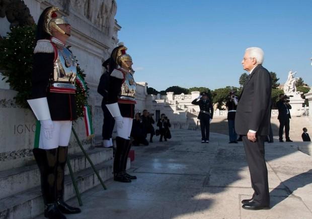 Il 25 aprile tra divisioni e polemiche: cortei sdoppiati a Roma, tensioni a Milano