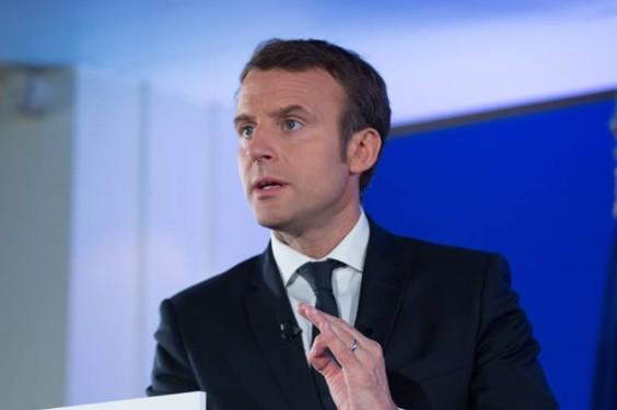 """Presidenziali francesi, Macron come Hillary: """"Attaccato dagli hacker per destabilizzare"""""""