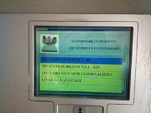 Funicolare Montesanto, guaste le biglietterie automatiche: boom viaggiatori a scrocco, sos a vuoto