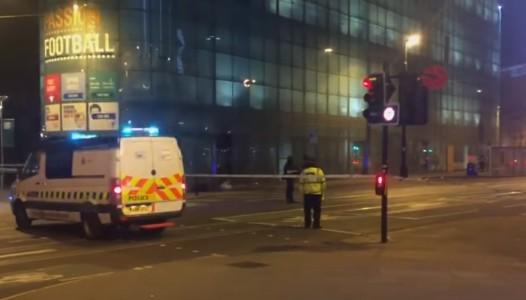 """Strage a Manchester, l'Isis rivendica. C'è un arresto. May: """"Ci saranno altri attacchi"""""""