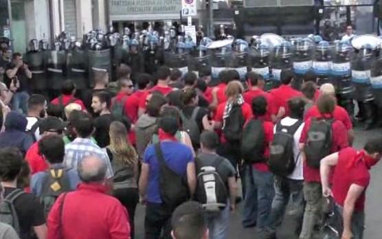 No G7 Taormina, al corteo cariche e lacrimogeni contro i manifestanti